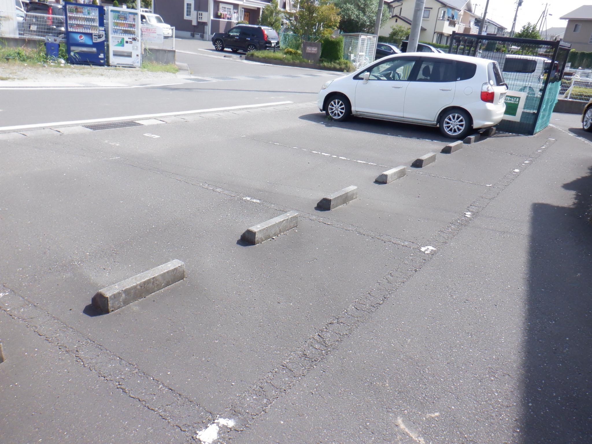 駐車場区画線ライン引き工事
